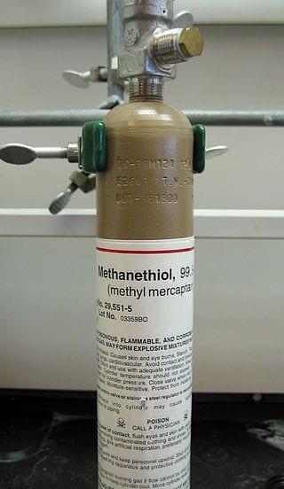 Tanque de metanotiol para síntesis en laboratorio