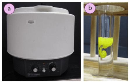 Imagen 1: a) Centrifugadora, b) Formación de yoduro de plomo sólido (II)