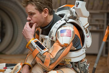 Matt Damon como Mark Watney, botanico en The martian